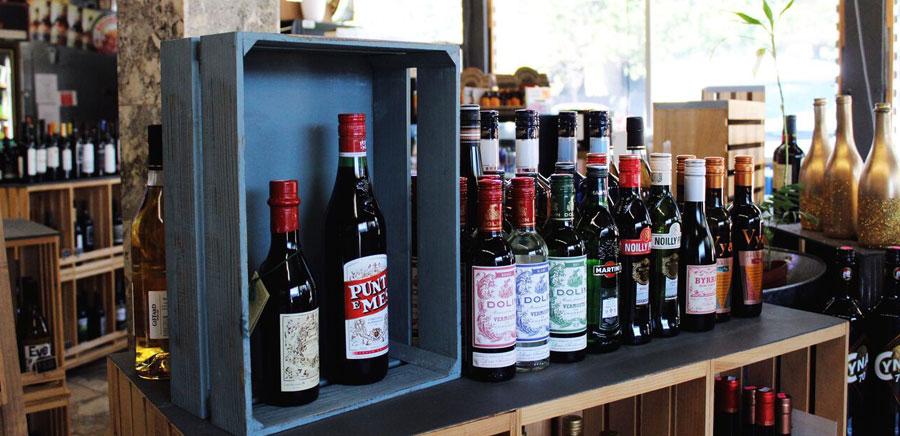 dinner parties tips bottles