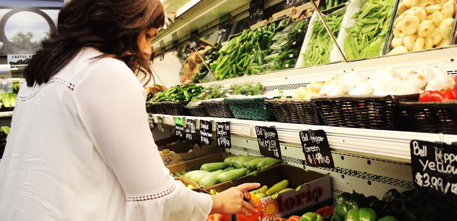 dinner parties tips produce shopping