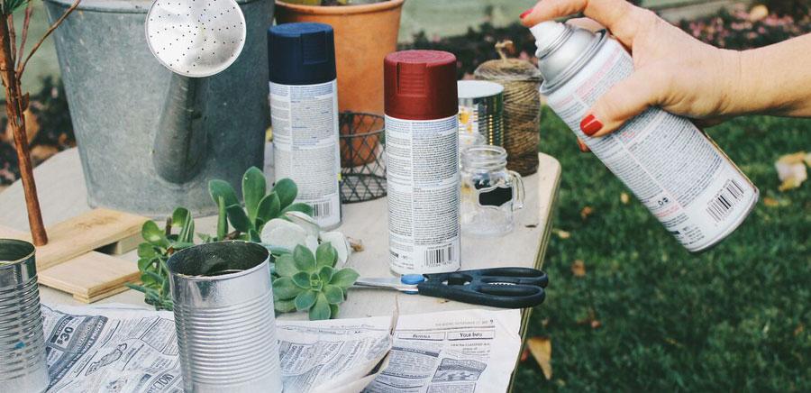 easy diy gift spray paint